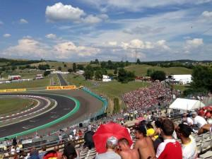 silver-4-grandstand-hungary-2-300x225