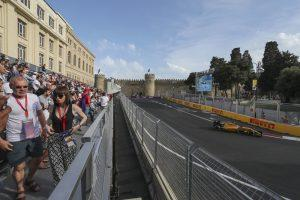 baku-city-circuit-view-from-Icheri-Sheher-grandstand-4-300x200